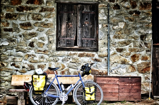 Bicycle touring Slovenia, Šumik Cottage, Pohorje Tranzversal, Two Wheel Travel, surly long haul trucker